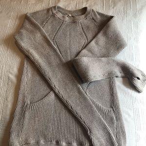 Lululemon sweater S. Barely worn.